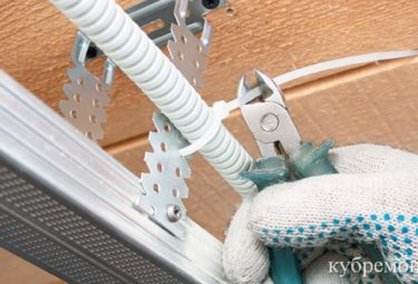 Хомут-стяжка для электропроводки